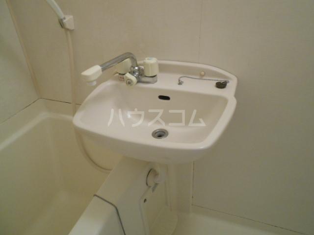 肥州フラッツ 101号室の洗面所