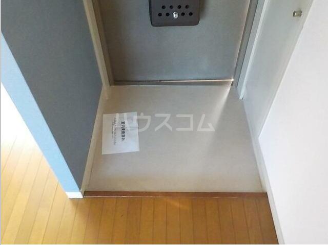 ハイムゆうび 202号室の玄関