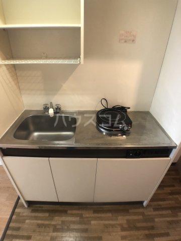 KⅢアパート 101号室のキッチン