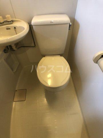 KⅢアパート 101号室のトイレ