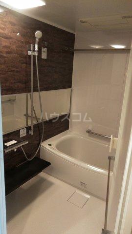 ザ・レジデンス駒込染井 101号室の風呂
