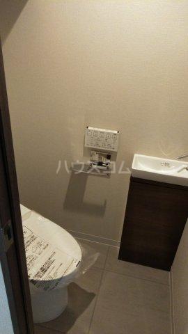 ザ・レジデンス駒込染井 206号室のトイレ