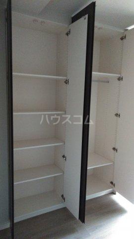 ザ・レジデンス駒込染井 206号室の収納