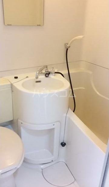 弥生コーポ 203号室の風呂
