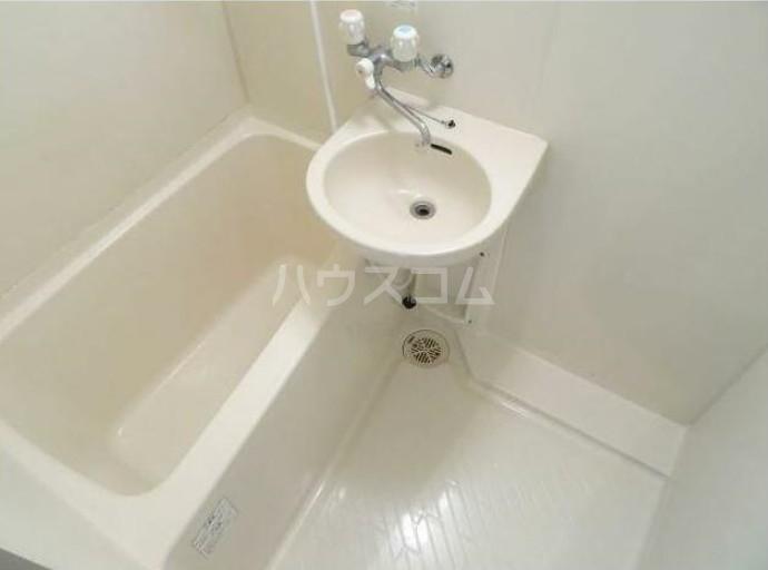 アキマンション 303号室の風呂