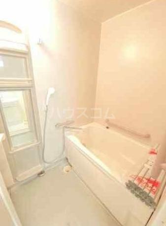 ディアホームズ鷺宮 303号室の風呂