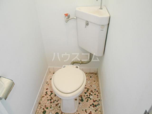 サンエイビルB 303号室のトイレ
