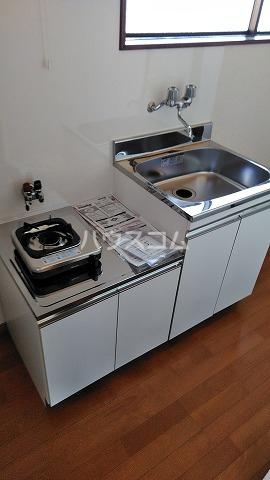メゾンOSABE 205号室のキッチン