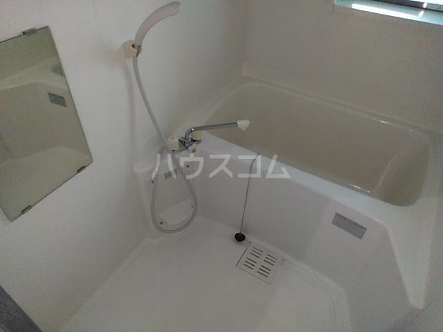 コーポアルセ 101号室の風呂