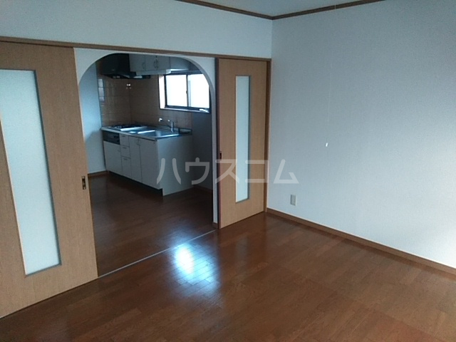 コーポアルセ 101号室のベッドルーム
