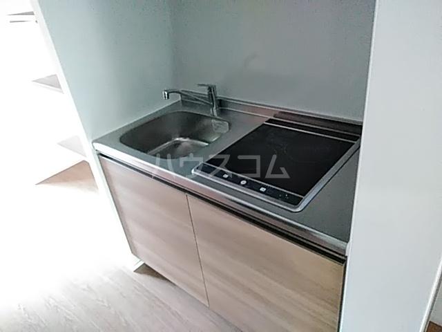 ラ・ファヴォール 203号室のキッチン