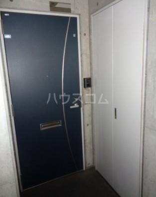 パークブリージェ井の頭 206号室の玄関