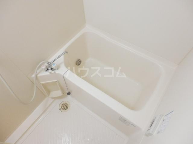 大島マンション1 203号室の風呂