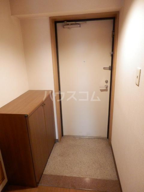 大島マンション1 203号室の玄関