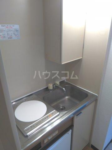 セザール中野 103号室のキッチン