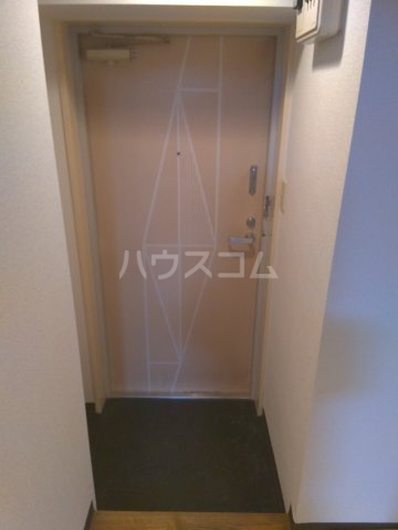 セザール中野 103号室の玄関