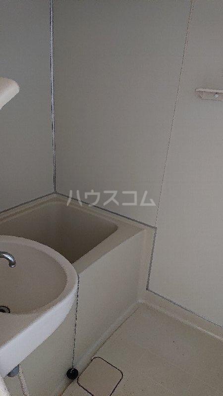 レジデンス山崎Ⅱ 205号室の風呂