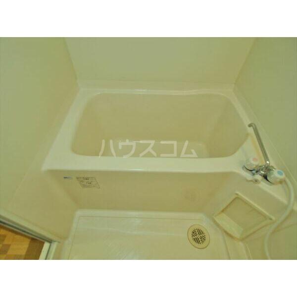 メゾンドクレール 305号室の風呂