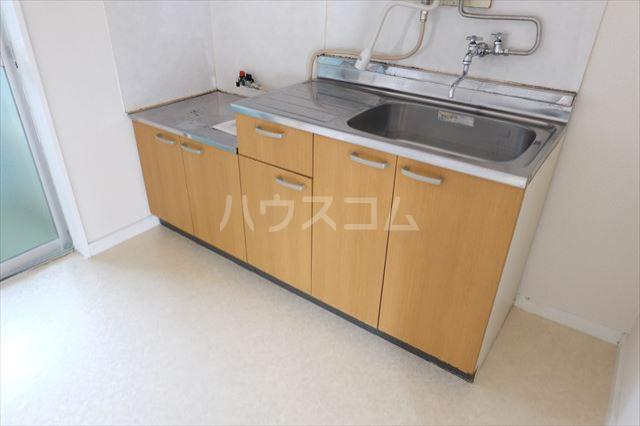 サンハイツ西川田 102号室のキッチン