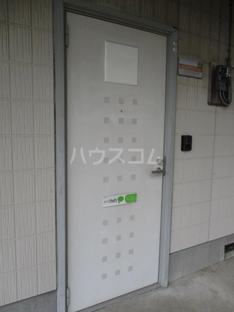 ラプラス平松C 101号室のエントランス