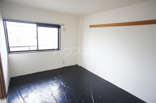 シャルマンA 02010号室のベッドルーム