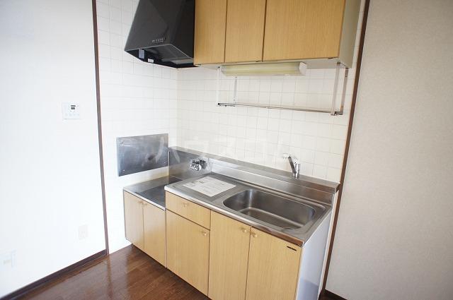 シャルマンA 02010号室のキッチン