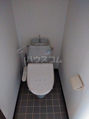 サンライフタシロ 103号室のトイレ
