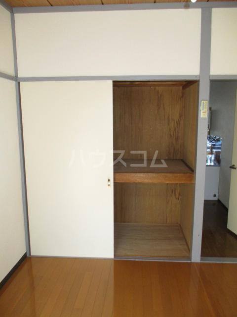 伊奈美コーポ 103号室の収納