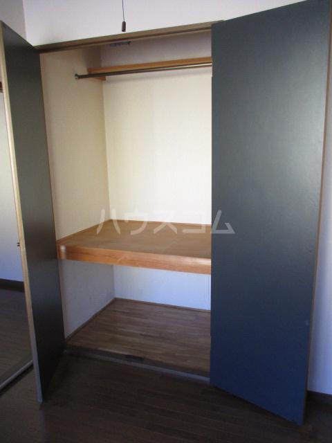 メゾンドベルⅠ 102号室の収納