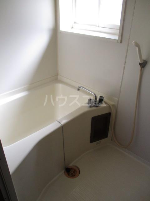 メゾンドベルⅠ 102号室の風呂
