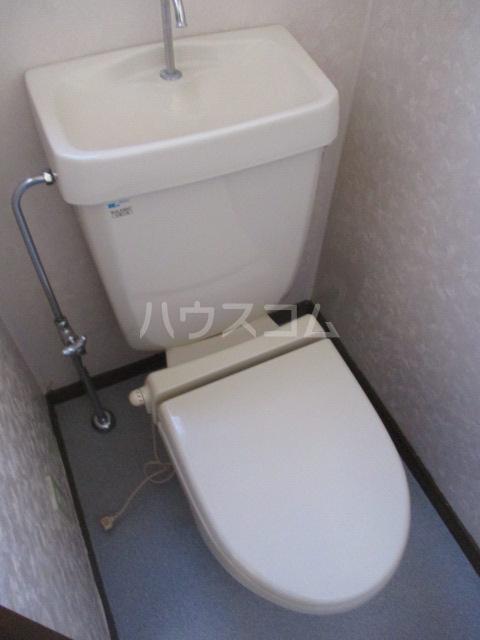 メゾンドベルⅠ 102号室のトイレ