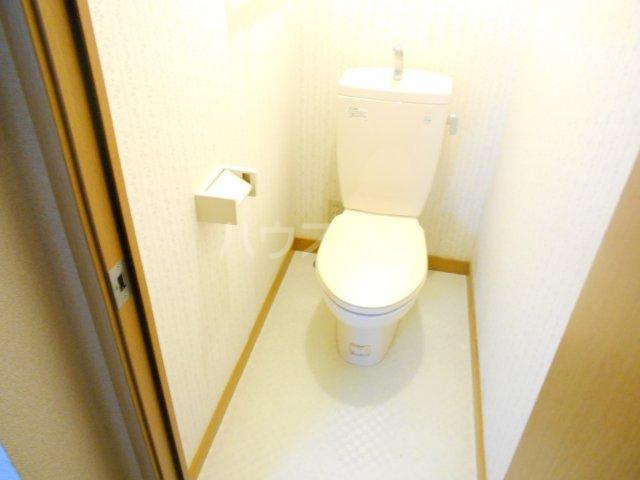 ラポゼ西久保 103号室のトイレ