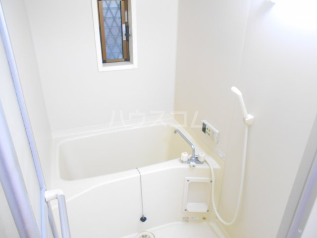 ラポゼ西久保 103号室の風呂