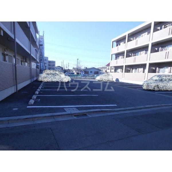 サニーサイド東宝木Ⅰ 103号室の駐車場