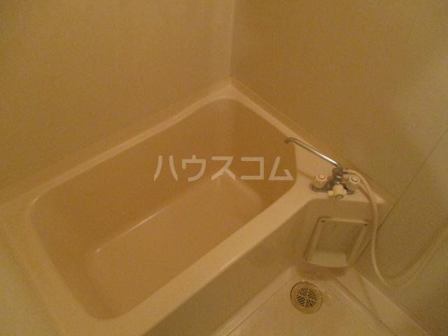 エトアール簗瀬 202号室の風呂