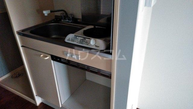 メゾンドール西荻窪 201号室のキッチン