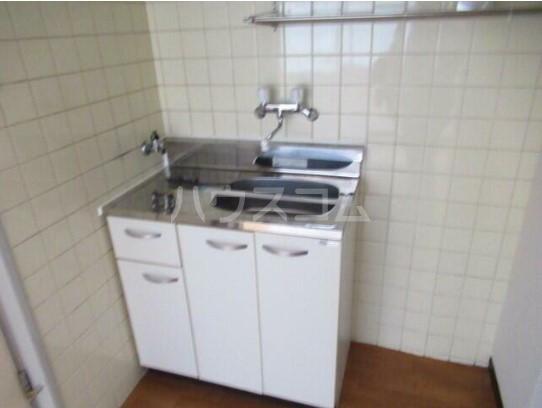 ユースフル中野坂上 0213号室のキッチン
