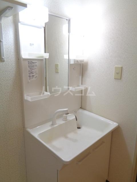 エクセル本郷 101号室の洗面所