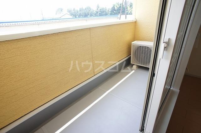 アスカ F 02020号室のバルコニー