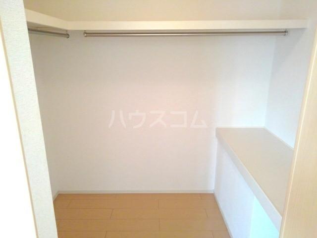 アスカ F 02020号室の収納