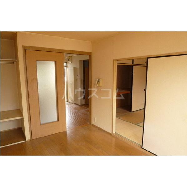 プラド光城B 202号室のリビング