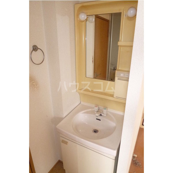 プラド光城B 202号室の洗面所