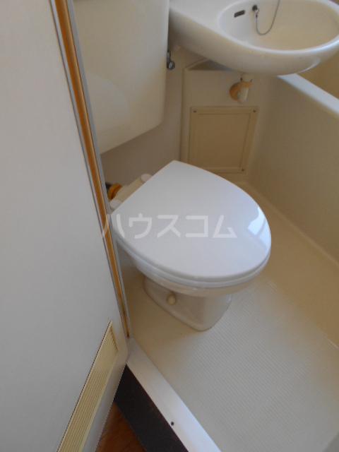 クレイドル 3号室のトイレ