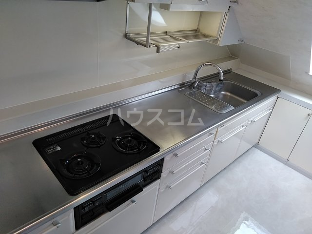 シャトー阿佐ヶ谷 301号室のキッチン