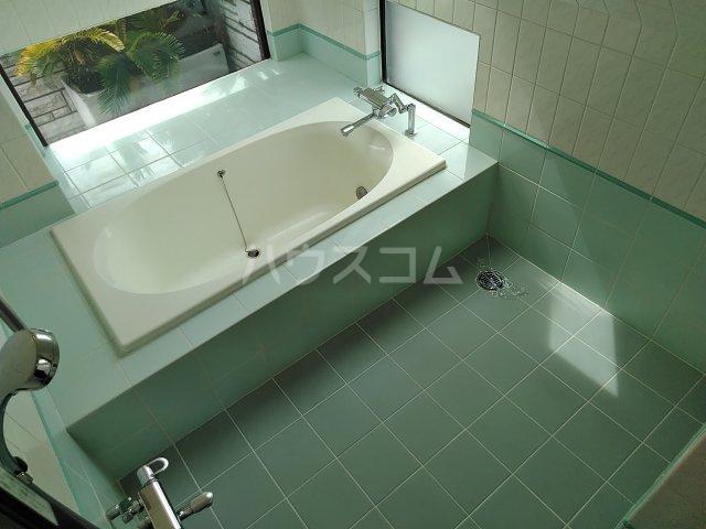 シャトー阿佐ヶ谷 301号室の風呂