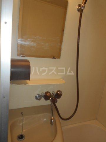 ニューオリエント境南 201号室の洗面所
