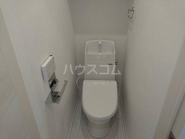ソルナクレイシア久我山 201号室のトイレ