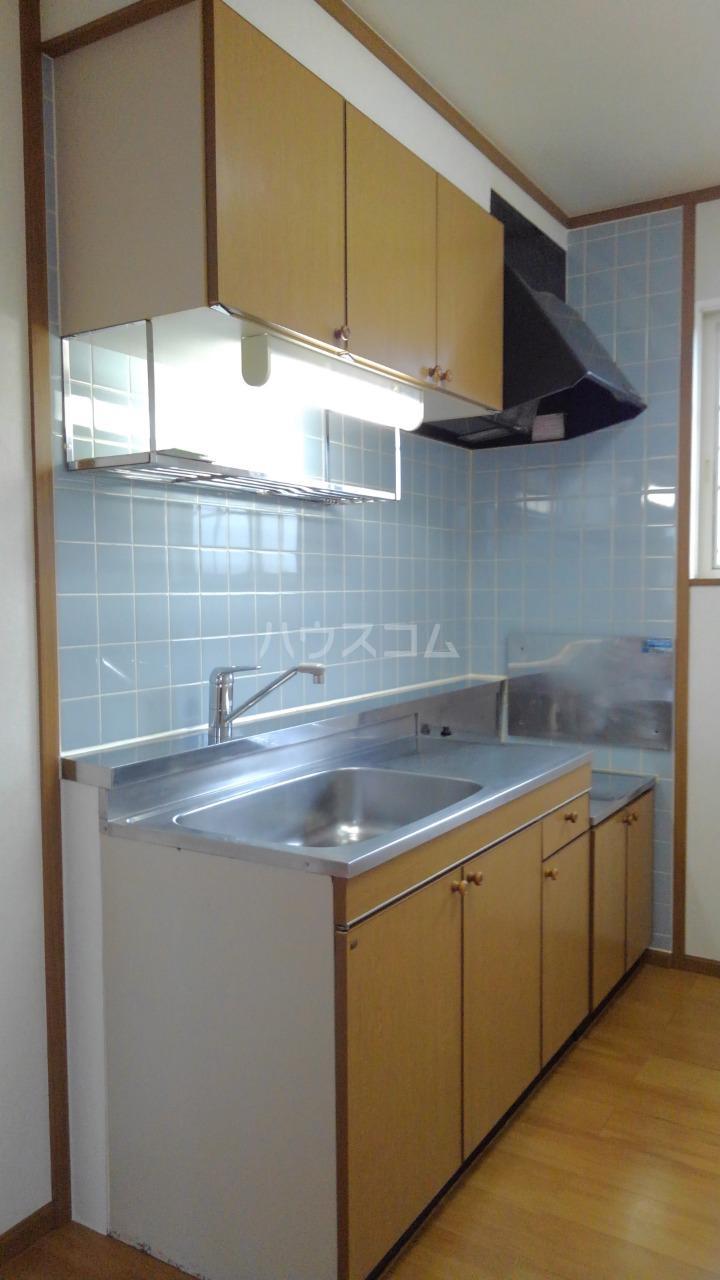 ライフサークルパート9 02010号室のキッチン