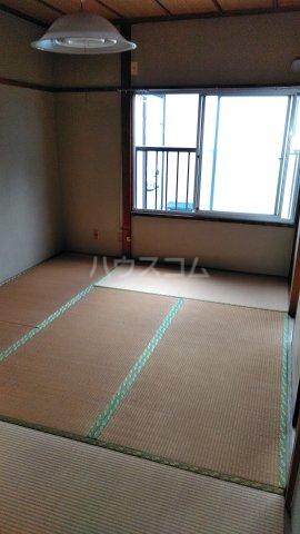 青葉荘 202号室の居室