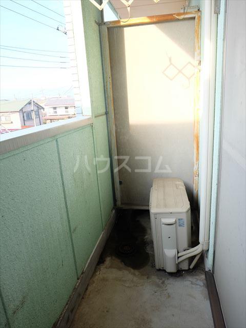メゾンドココ 303号室のバルコニー